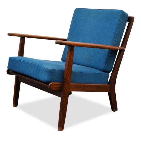 Midcentury modern Deense teak fauteuil