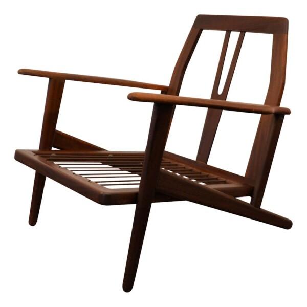 Vintage Danish Modern teak Y-shape lounge chair - frame side