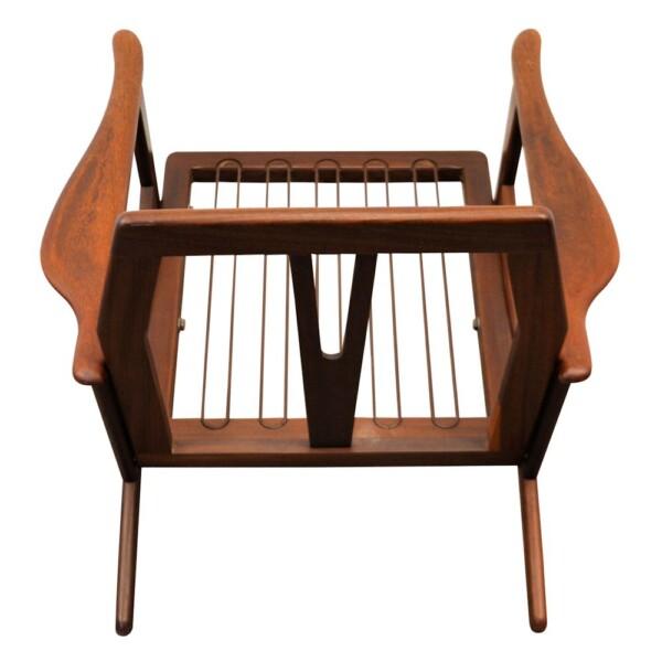 Vintage Danish Modern teak Y-shape lounge chair - frame back