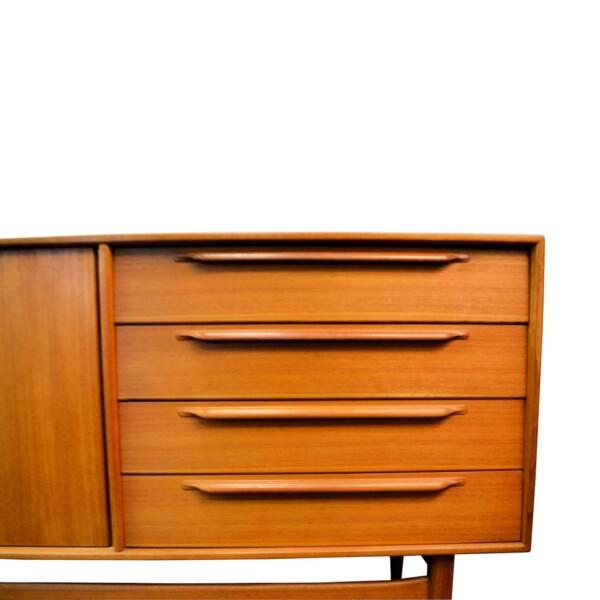 Vintage Deense stijl teak dressoir (detail)