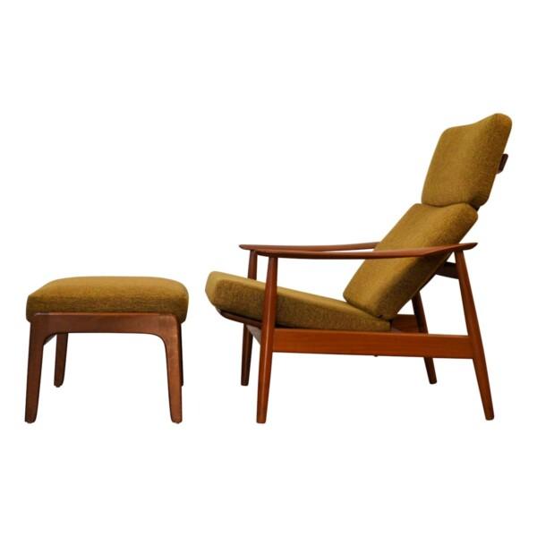 Arne Vodder teak fauteuil met hocker
