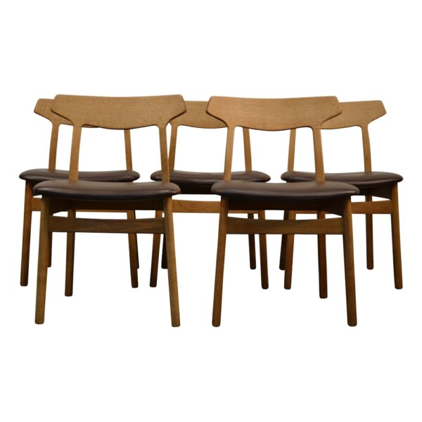 Vintage Oak Dining Chairs by Henning Kjaernulf  - front