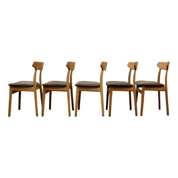 Vintage eiken stoelen van Henning Kjaernulf