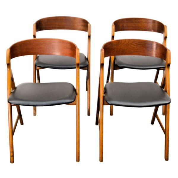 Vintage Henning Kjaernulf Model 71 Dining Chairs - front