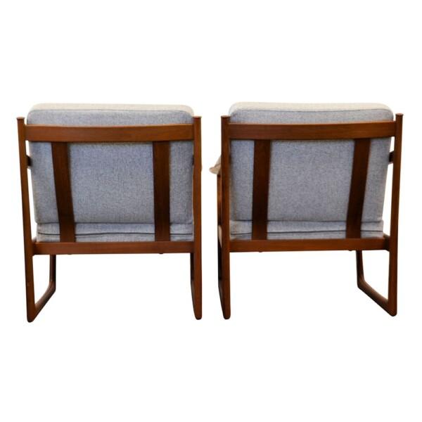 Peter Hvidt & Orla Mølgaard Nielsen FD-130 Lounge Chairs - back