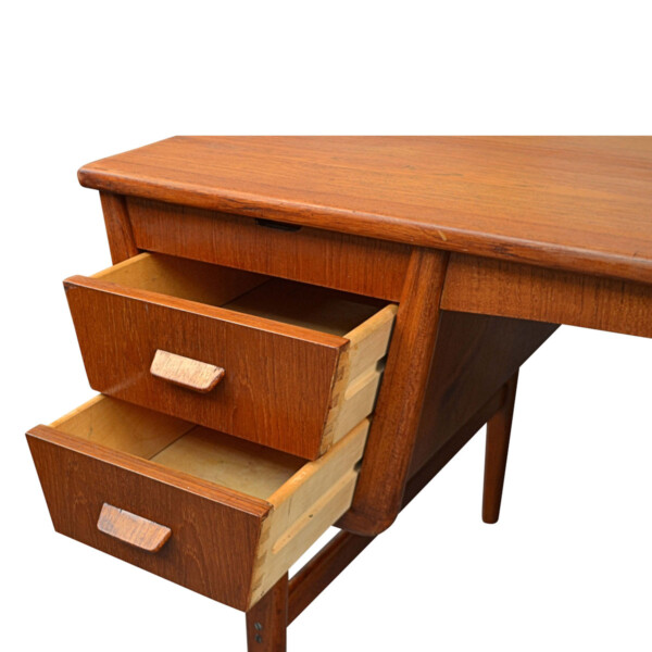 Vintage Danish Teak Desk by Carl Aage Skov - detail