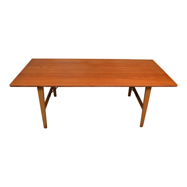 Vintage Danish Dining Table #281 by Børge Mogensen - top