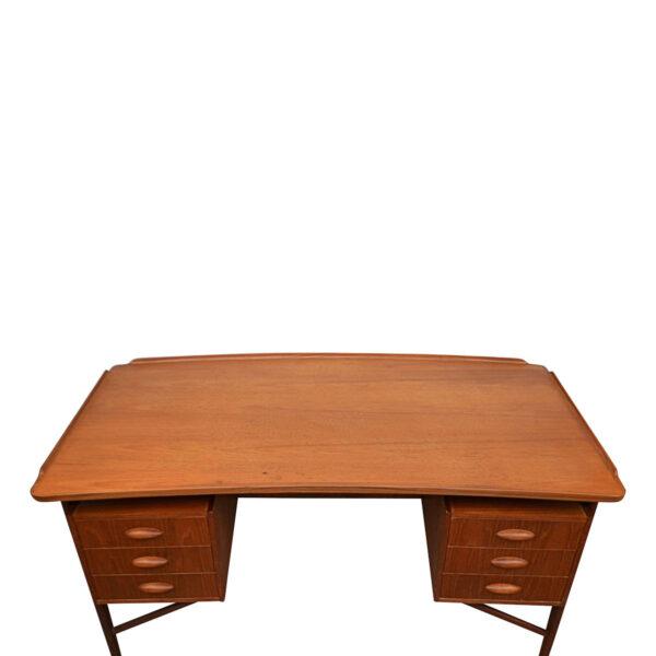 Vintage Danish Teak Desk by Svend Aage Madsen - top